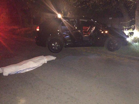Неизвестные вОдессе расстреляли автомобиль справозащитником. милиция ввела «План-перехват»