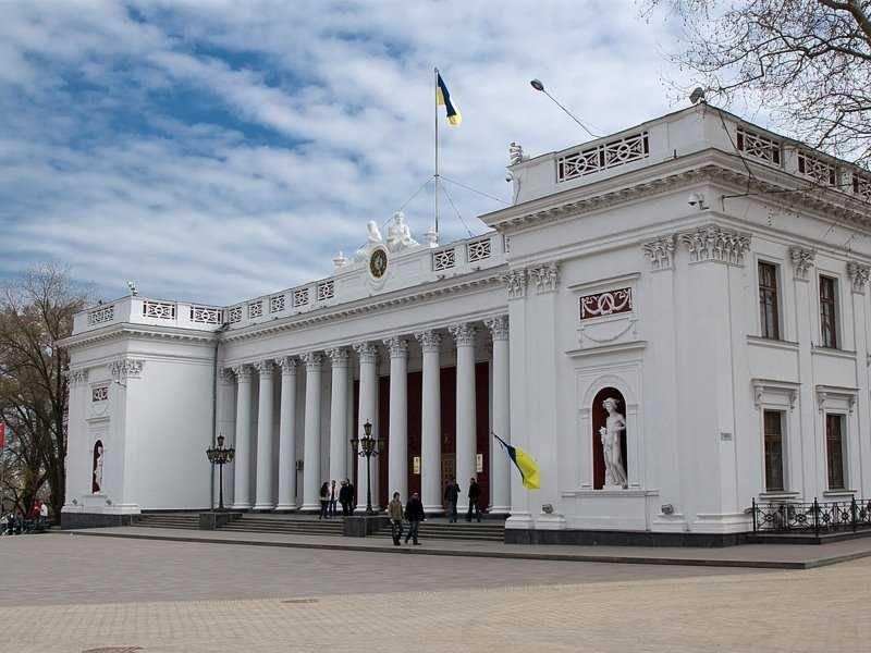 ВОдессе народные избранники по-быстрому приняли самый скандальный законодательный проект города