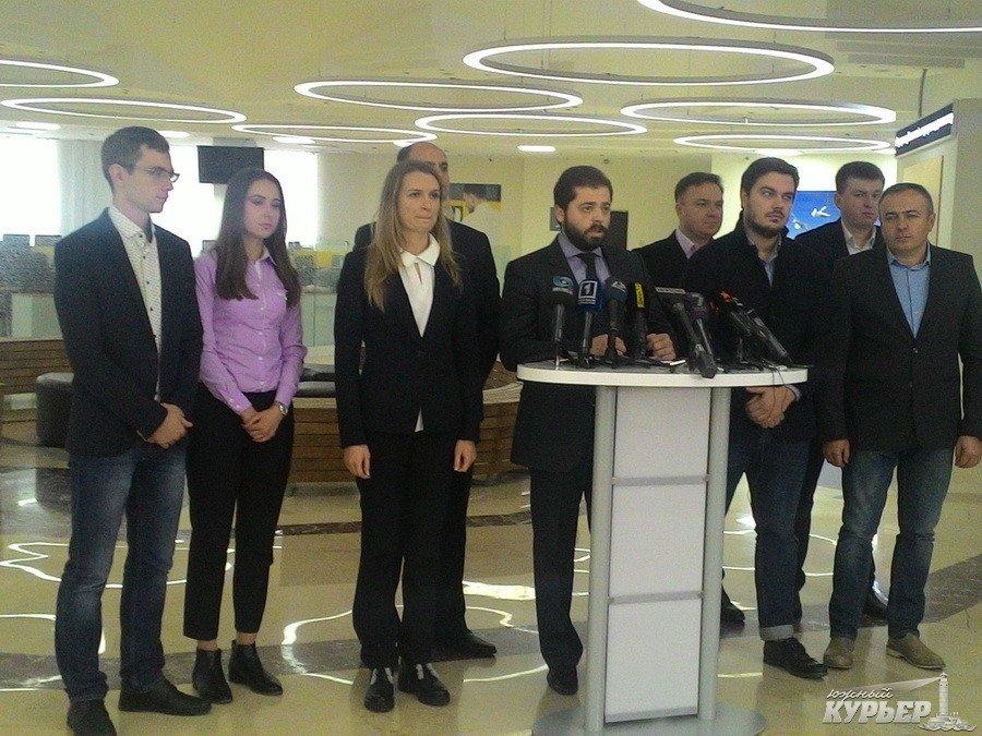 Саакашвили назвал протестные акции вКиеве искусственно сделанными